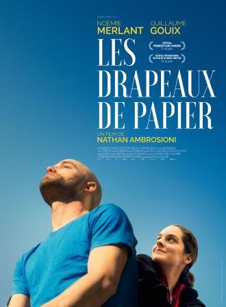 LES DRAPEAUX DE PAPIER